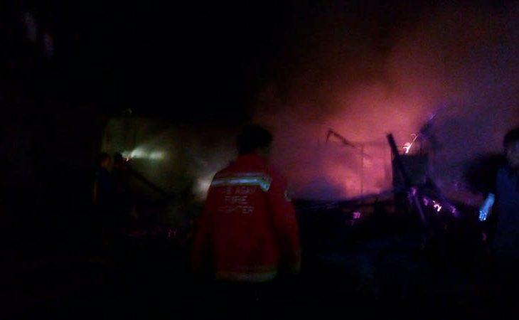 Rumah Memen Terbakar di Simpang Bukik. Kerugian Rp.70 Juta
