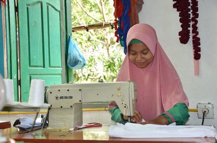 Kanza Hijab Pakan Sinayan Produsen Utama Pedagang Aur Kuning Bukittinggi