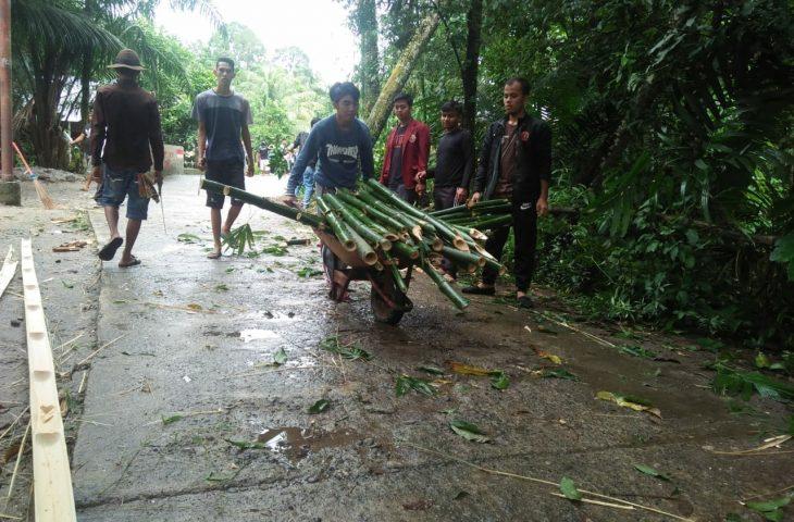 Sambut HUT RI ke-73 Warga Kampung Parik Goro Massal