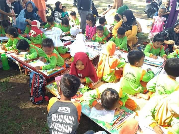 470 Anak Paud Ikuti Lomba Mewarnai Jelang Hut Ri Amcnews Co Id