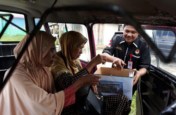 Panwascam Tilatang Kamang Bantu Korban Gempa Lombok