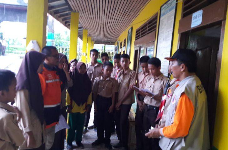 BPBD- BTB Agam Gelar Simulasi Tanggap Bencana di MTsM Sungai Batang