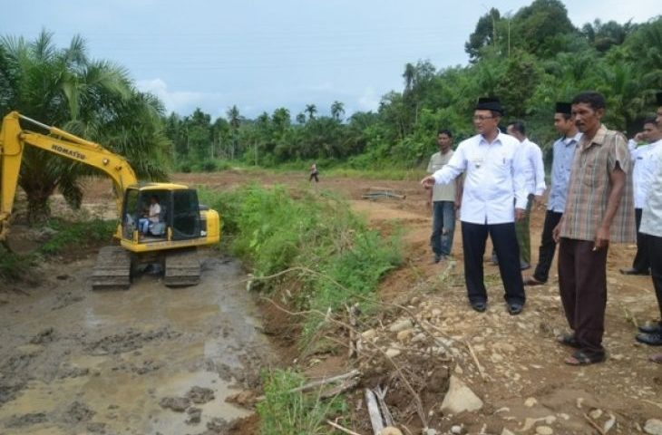 Bupati Agam Ajak Warga Buat Kolam Untuk Pengendalian Banjir