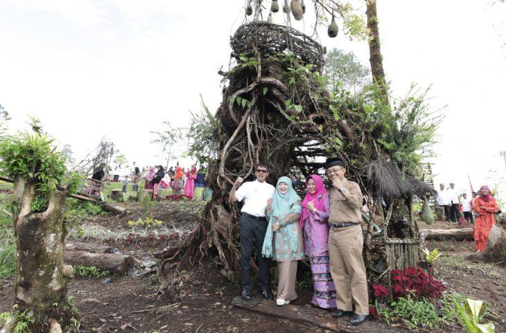 Berswafoto. Gubernur dan Bupati Agam Promosikan Objek Wisata Rasak Gadang