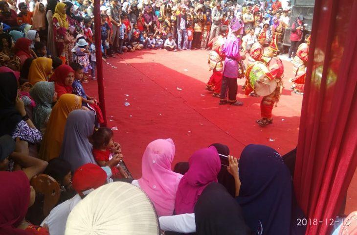 Ribuan Warga Saksikan Festival Pesona Danau Maninjau
