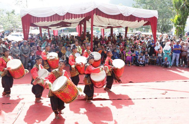 """Festival Pesona Danau Maninjau Kembalikan """"Mutiara"""" Yang Lama Pudar"""