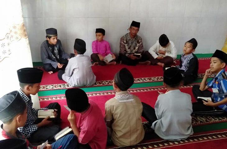 """Masyarakat Kamang Tangah Apresiasikan """" Kampungku, Kampung Qur'an"""""""