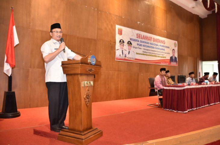 Buka Seminar Nasional, Wabup Agam : Guru Harus Mampu Budayakan Menulis Ilmiah