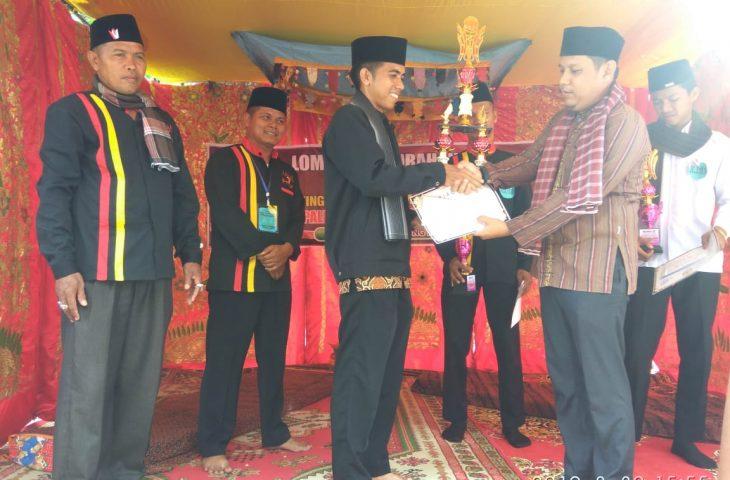 Grup Ganto Minang Ampek Nagari Juara I Lomba Pasambahan Siriah Carano