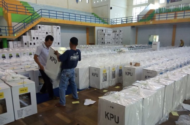 Hari Ini, KPU Agam Distribusikan Logistik Pemilu untuk Tujuh Kecamatan