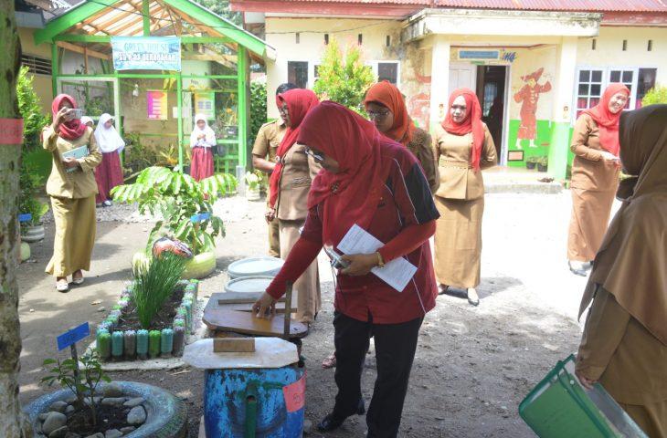 Tim Penilai Adiwiyata Sumbar Verifikasi Lapangan di SDN 03 Garagahan