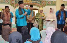 Ramadhan 1440 H, 200 Voucher Pabukoan Dibagikan Pada Keluarga Kurang Mampu di Agam