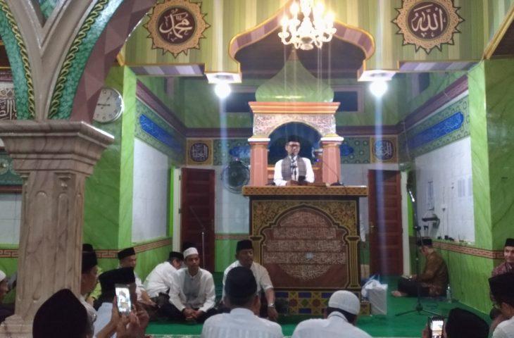 Malam Istiwewa di Tanjung Raya, TSR Gubernur Sumbar Sambangi Mesjid Raya Maninjau