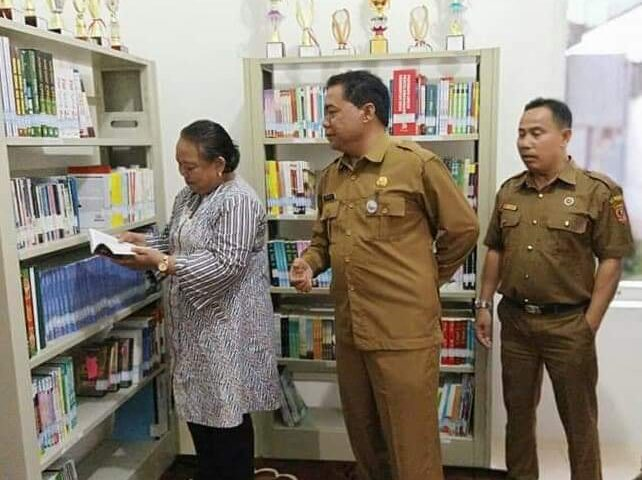 Perkembangan Perpustakaan Nagari Ampang Gadang Dimonitor Deputi BPSDP RI