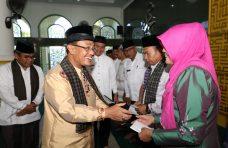 Indra Catri Lepas 29 Calon Jemaah Haji Korpri Kabupaten Agam