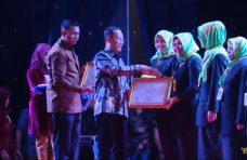 Kado HUT ke-74 RI, Dua Insan Pendidikan Kabupaten Agam Torehkan Prestasi di Tingkat Nasional.