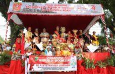 Tidak hanya dari Agam, Duo Sekolah Padang Pariaman Ikut Meriahkan Pawai Alegoris di Agam