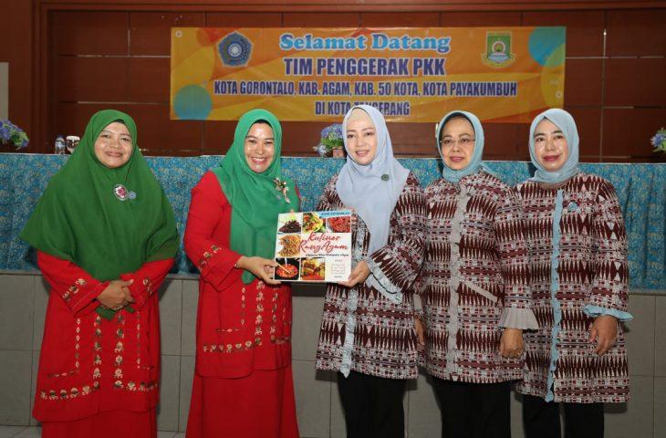 TP-PKK Agam Studi Komparatif ke Kota Tangerang