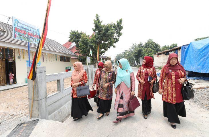 Puji Organisasi Perempuan di Agam, Ketua DWP Sumbar: Yang Dilakukan Ny Vita Luar Biasa