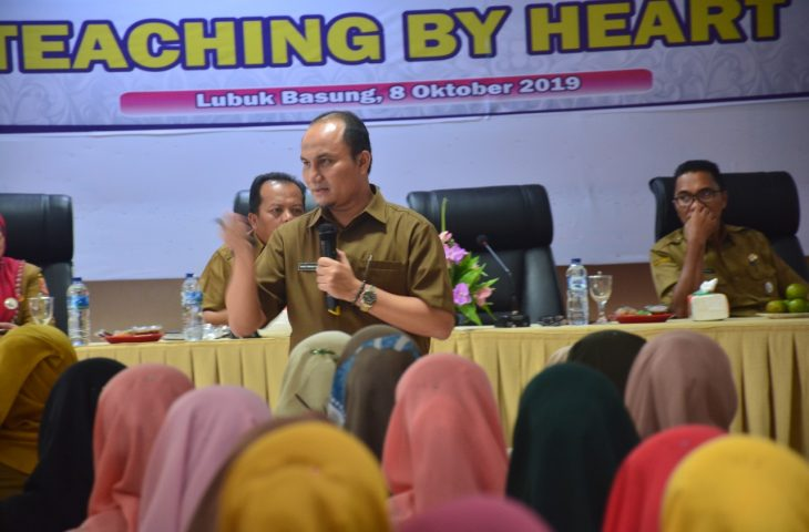 Membangun Budaya Guru Produktif dengan Teaching By Heart