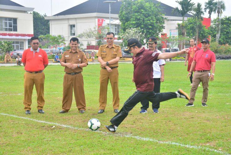 Wabup Agam Lakukan Tendangan Pertama, Liga Nagari dan Bola Volly Nagari Cup Resmi Ditabuh