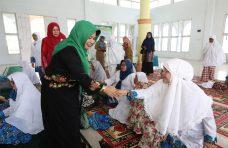 BKMT Tanjung Raya Terima Bantuan Rebana dari Bagian Kesra