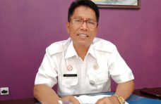 Jajaran Dinkes Agam Rehab RTLH di Malalak dari Hasil Iuran