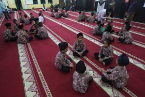 Pemkab Agam Salurkan Rp 3 Miliar lebih Belanja Jasa Guru TPA/MDA, Imam dan Garin