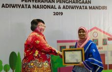 SDN 07 Sitapuang Raih Penghargaan Adiwiyata Nasional 2019