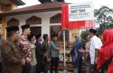 Resmikan Kantor Nagari Persiapan Gaduik Timur, Bupati Apresiasi Kebersamaan Masyarakat