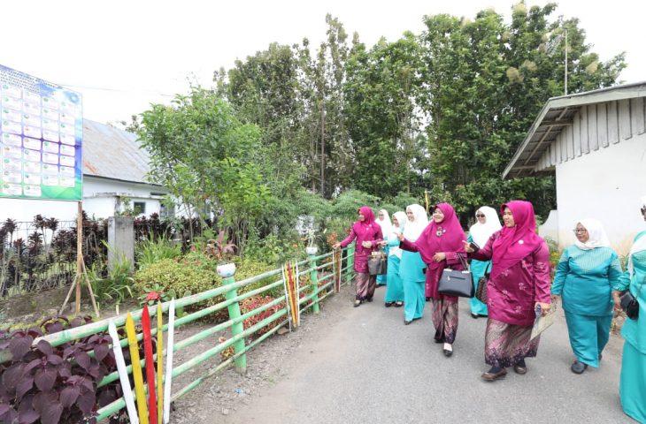 Ny Candra Nilai Kelompok Dasawisma Bahdawisma dan Dasawisma Sakura