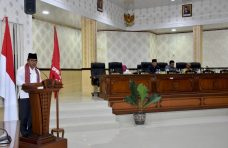 Sampaikan Nota Jawaban Bupati Agam, Sekda Tanggapi Pandangan Umum Fraksi DPRD