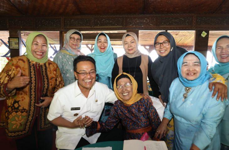 Terima Kunjungan Istri Mantan Kepala Daerah, Indra Catri Bernostalgia