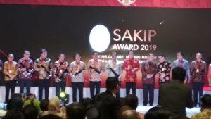 Indra Catri Terima Penghargaan SAKIP dari MenPAN-RB