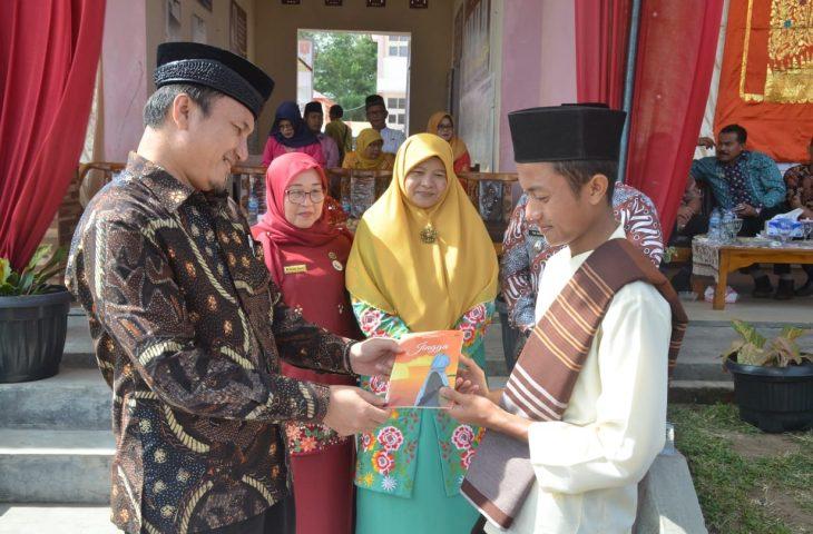 Gebyar Literasi, SMP N 3 Ampek Angkek Launching Buku dan Majalah