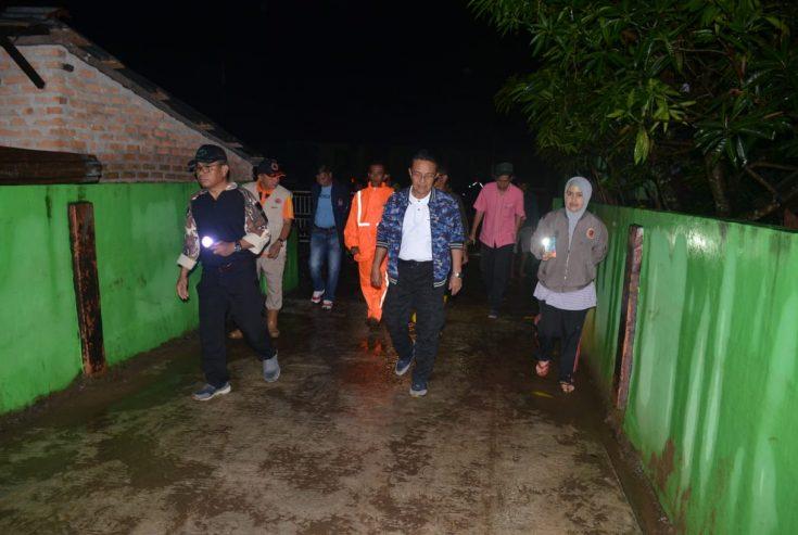 Malam-Malam, Indra Catri Tinjau Lokasi Banjir Bandang Ampek Nagari