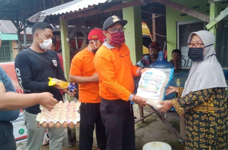 KRTH Balai Ahad Salurkan Bantuan Sembako Bagi Masyarakat Terdampak Covid-19
