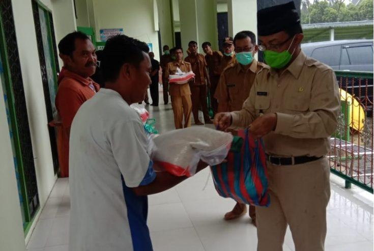 Agam Siaga Disemua Lini-Kucurkan Dana Rp. 1,1 M Bantu 4.772 Orang Penjaga Sekolah, Garin & Guru TPA-MDA