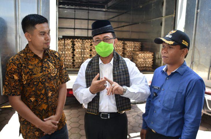 Nagari Manggopoh Dapat Bantuan 63.930 Butir Telur dari PT JCI Tbk