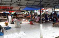 Physical Distancing-Pasar Kapau Sepi