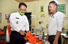 UMKM di Agam Produksi 50 Ribu Masker dalam Sehari