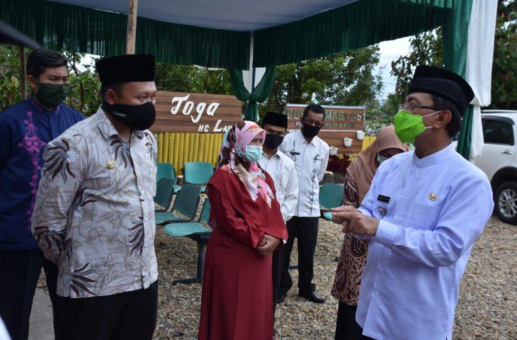 Indra Catri Minta Camat dan Wali Nagari Lebih Transparan dalam Menyalurkan Bantuan Covid-19