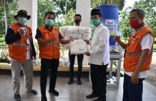Percepat Penanganan Covid-19 di Agam, Satgas Bencana BUMN Sumbar Salurkan Bantuan