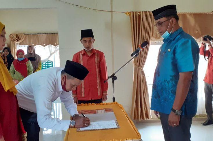 Yonli Jabat Wali Jorong Tangah Nagari Padang Tarok