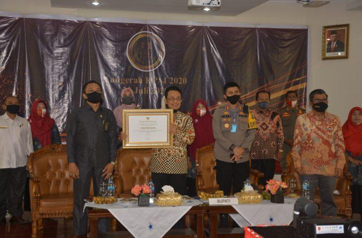 Terima Anugerah KPAI 2020- Indra Catri: Perlindungan Terhadap Anak Belum Selesai