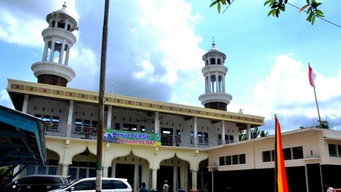 Masyarakat Kamek Laksanakan Shalat Ied Menyebar di Seluruh Masjid