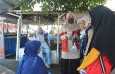 Mahasiswa KKN Unand, IPB, dan PMI Sosialisasi New Normal ke Masyarakat Sungai Jariang