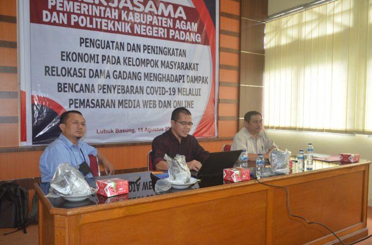 Keltan Ampek Sarumpun Diberi Pelatihan Pengelolaan Website