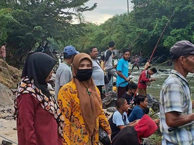 Ratusan Pecandu Pancing Ikuti Wisata Mancing di Lubuk Larangan Garuda Mas Manggopoh