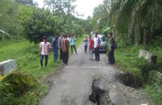 DPUTR Agam Perbaiki Gorong-gorong di Sitanang Kaciak
